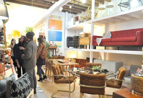 one of chicago avenues newest pop ups is a merger of two interior design businesses that compliment and blend minimalist boho and vintage modern with - Minimalist Cafe 2016