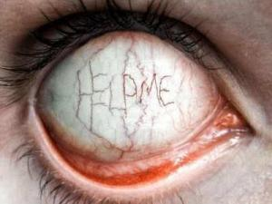 Halloween warning: Colored contact lenses | Our Urban Times