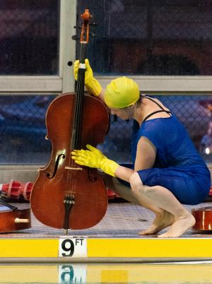 CleaningCello